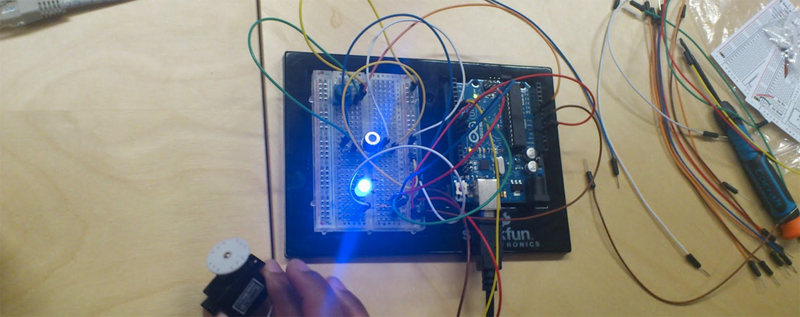 Arduino monitoring air quality with a Figaro sensor